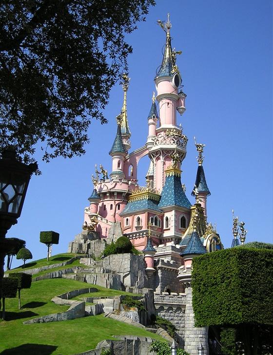 Disneyland, France