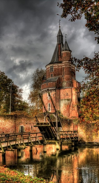 Duurstede Castle, the oldest Medieval Castle in Netherlands