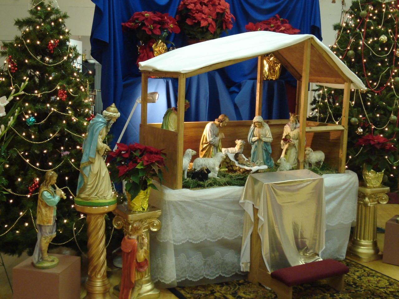 Nativity_tree