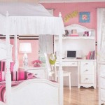 The Canopy Bed – An Unexpected Answer to a Young Girl's Prayers