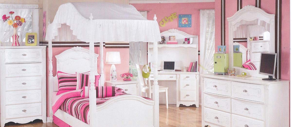 girls-canopy-bed-sets2