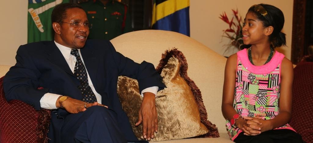 Zuriel and President Jakaya Kikwete - Tanzania State House